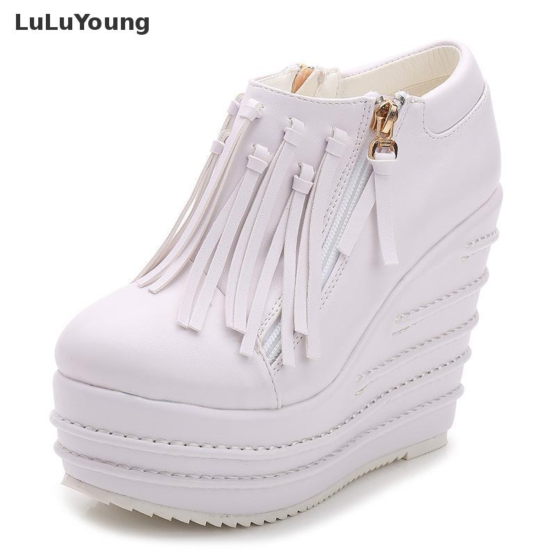 Tassel Boots Women Autumn Ankle Boots for woman Cool Motorcycle Boots winter sy-2072 yiwuchiyu cool sy 5053
