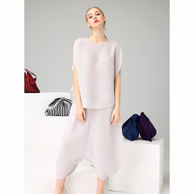 Azterumi Summer Women Runway 2 Two Piece Set Special Design Pleated Irregular Tops Harem Pants Set