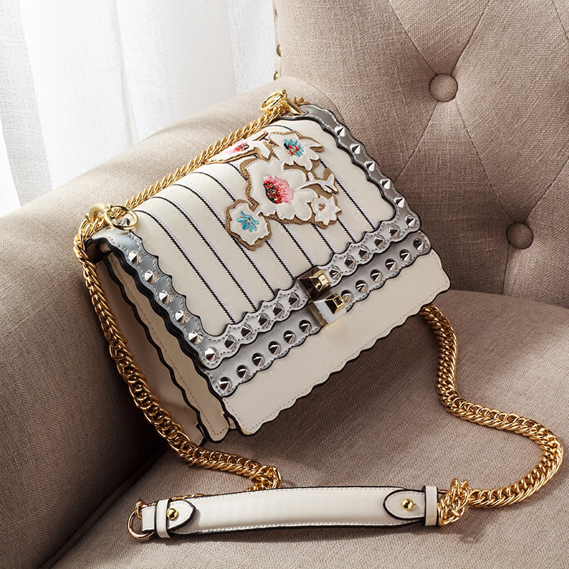 2018 Brand Bag Women Messenger Bags Rivet Embroidery Handbags crossbody Chain bag for Women Shoulder Bags Designer Handbags 963 famous brand handbags women shoulder bag designer chain leather bag small crossbody bags for women messenger bags
