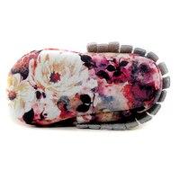 Новый цветок натуральная кожа Обувь для младенцев кисточкой 24 пары/1 пакета(ов) ручной работы для маленьких мальчиков Обувь для малышей модн
