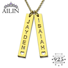 цены Wholesale Gold Vertical Bar Couple Necklace With Cut Out Name  Bar Name Plate With Cut Out Letter  Valentine's Day Gift