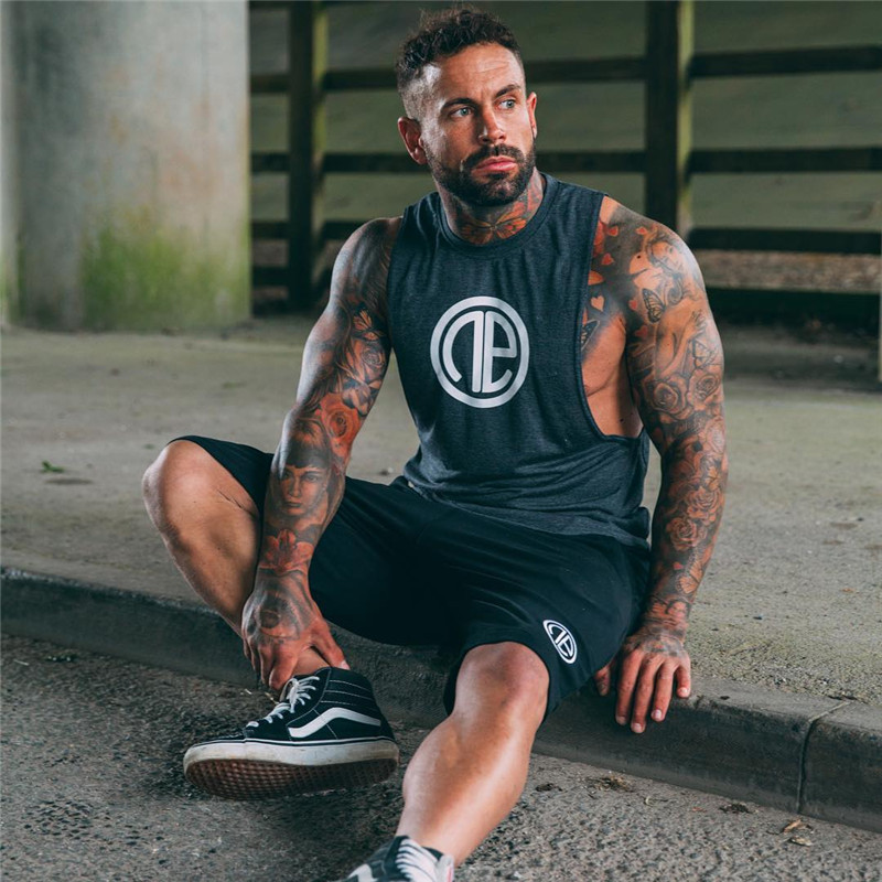 2018 Brand Gyms Clothing Mens tank top vest bodybuilding fitness men tops cotton singlets TShirt Cotton tanks golds men tops