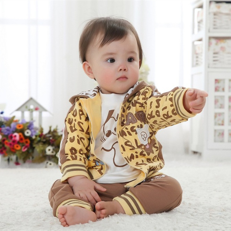 ФОТО Anlencool Direct Selling Roupas Meninos Infants Gu Xiong Chunqiu Cotton Three-piece Dress Baby Clothing Autumn Boys Set