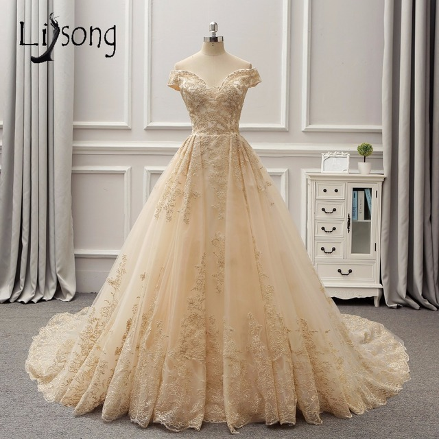 Vestido de boda color dorado