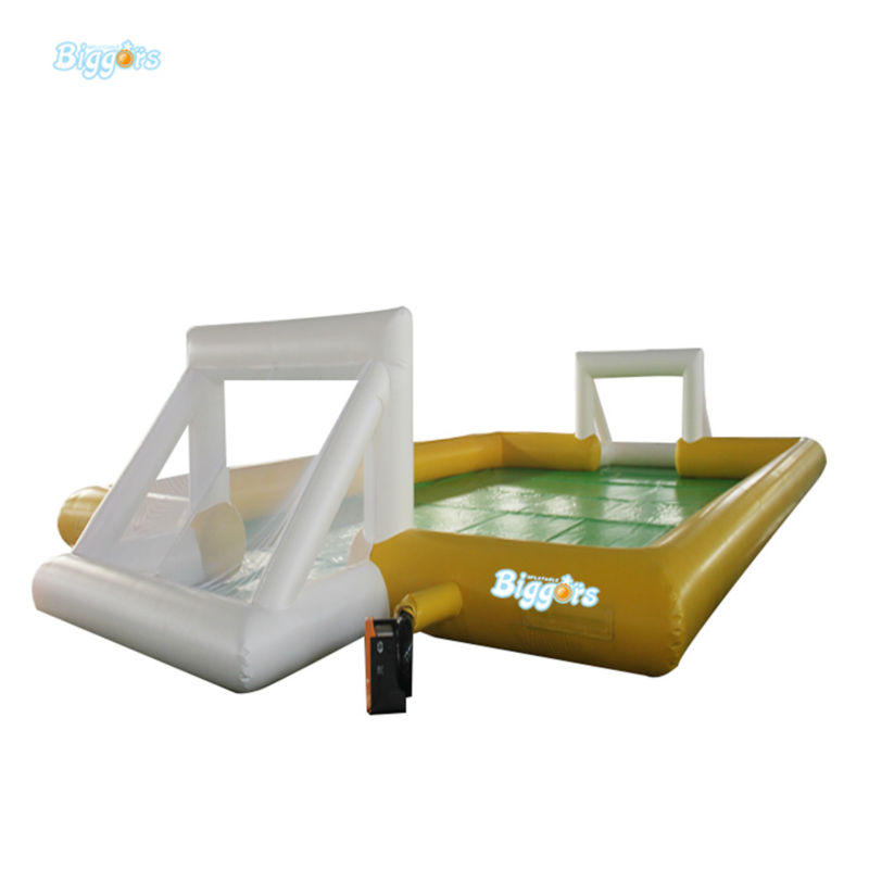 Inflatable Biggors Commercial Grade Inflatable Football Field Playing With Soap Water