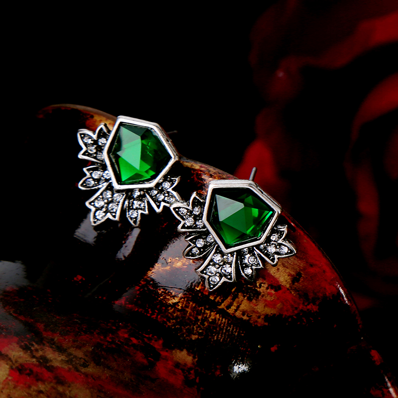 KISS ME Antique Silver Color Green Stud Earrings Fashion Jewelry New - Fashion Jewelry - Photo 6