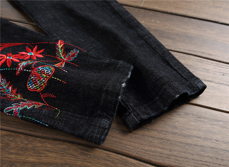 Newsosoo 2018 Casual Men Embroidery Straight Jeans Brand Flower Pattern Personality Male Fashion Denim Jeans Pants Black (12)