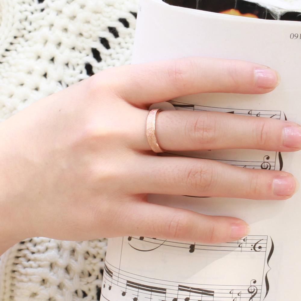 Ehering finger polen
