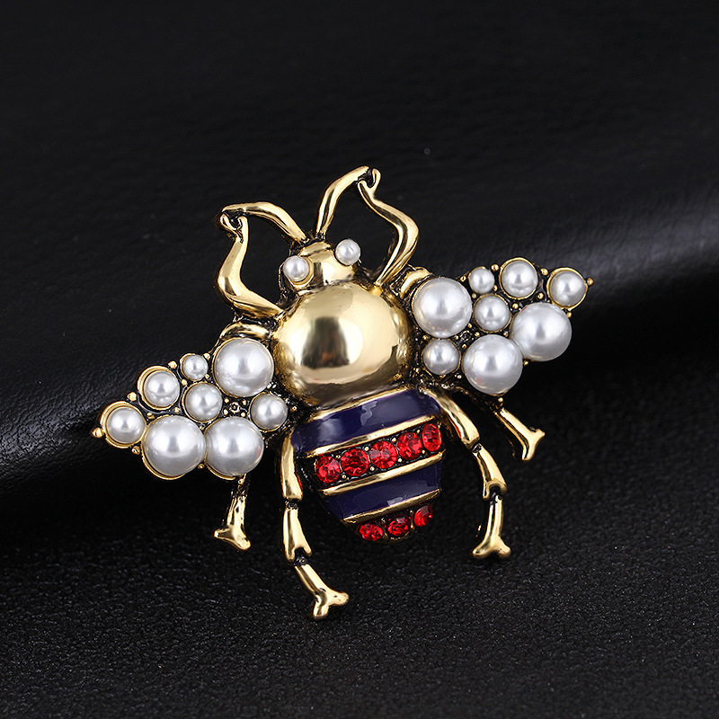 Bee Brooch Rhinestone and Pearles Vintage Jewelry Fashion Insect Brooch Pin High Quality in Brooches from Jewelry Accessories