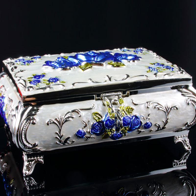 L'europe meduim taille sculpté boîte à bijoux en métal d'étain boîte anneau de stockage boîte à bijoux organisateur de maquillage organisateur fille cadeaux Z116