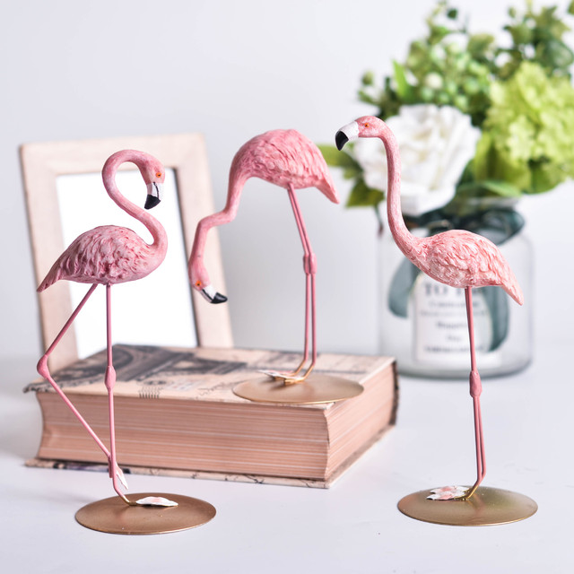 Nordic Ins Resin Pink Flamingo Decoration For Living Room Romantic Wedding Party Ornament  Party Supplies Valentines Gift