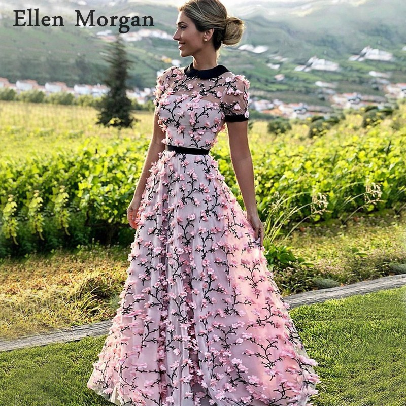 Saudi Arabia Pink Evening Dresses 2019 Closed Back 3D Flowers Short Sleeves Floor Length Elegant Formal Party Gowns For Women
