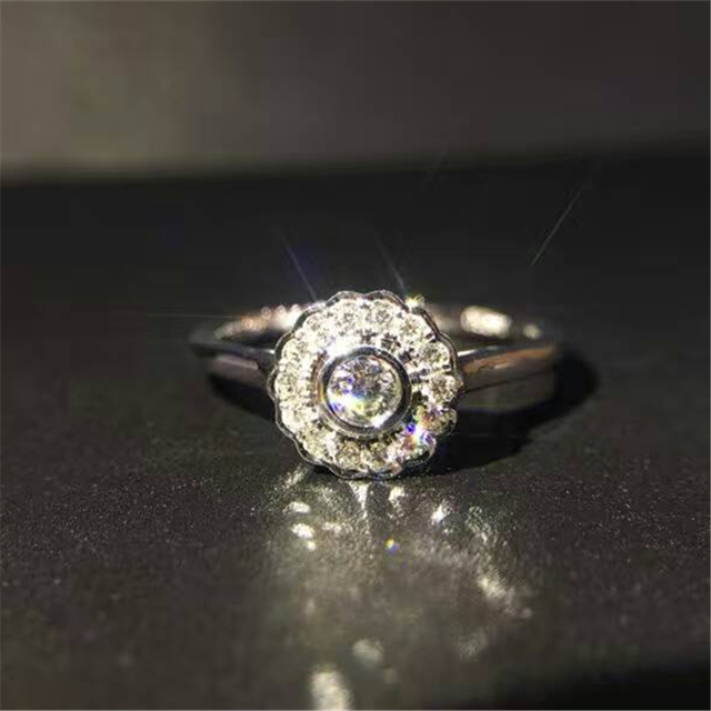 Vintage Halo Real Diamond 0.22ctw NaturalDiamond Accents Wedding Ring Minimal Simple Design 18k White Gold Engagement Ring