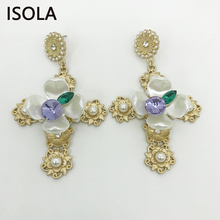 Здесь можно купить   ISOLA Classic Simulated Pearl Settled With Shell Flower And Rhinestone Statement Baroque Earrings For Opera Actor Jewelry Fashion Jewelry