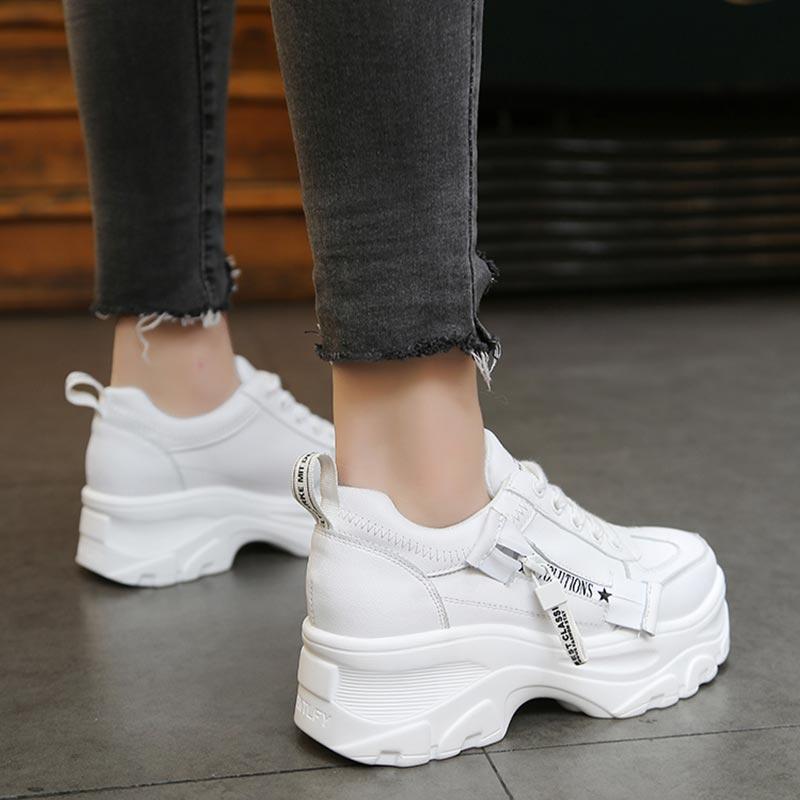 los recién llegados 3a230 5c8d2 Zapatos casuales de mujer 2019 nuevas zapatillas de deporte blancas de Moda  de Primavera para mujer zapatos planos de plataforma con cordones ...