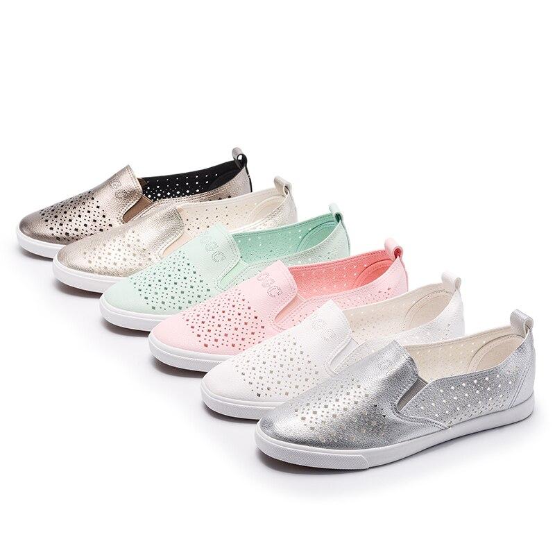GOGC 2019 Slipony Women Hole Shoes Ladies Leather Shoes Breathable Soft Women Flats Shoes Vulcanized Slip on Women Sneakers G936