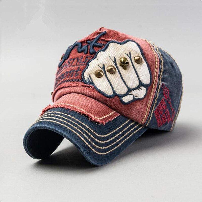 Hot hommes   femmes mode Hip Hop bouchon coton Casual Rivet Pattern Fist  Snapback Caps réglable casquette de Baseball marque chapeaux pour hommes 8fc28493c648