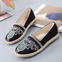2018 summer new fashion embroidery shoes casual canvas shoes flat shoes