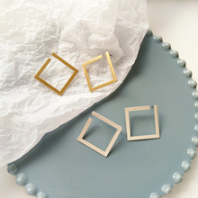 Fashion Simply Design Woman Jewelry Matte Color Stud Earrings For Lady Gift