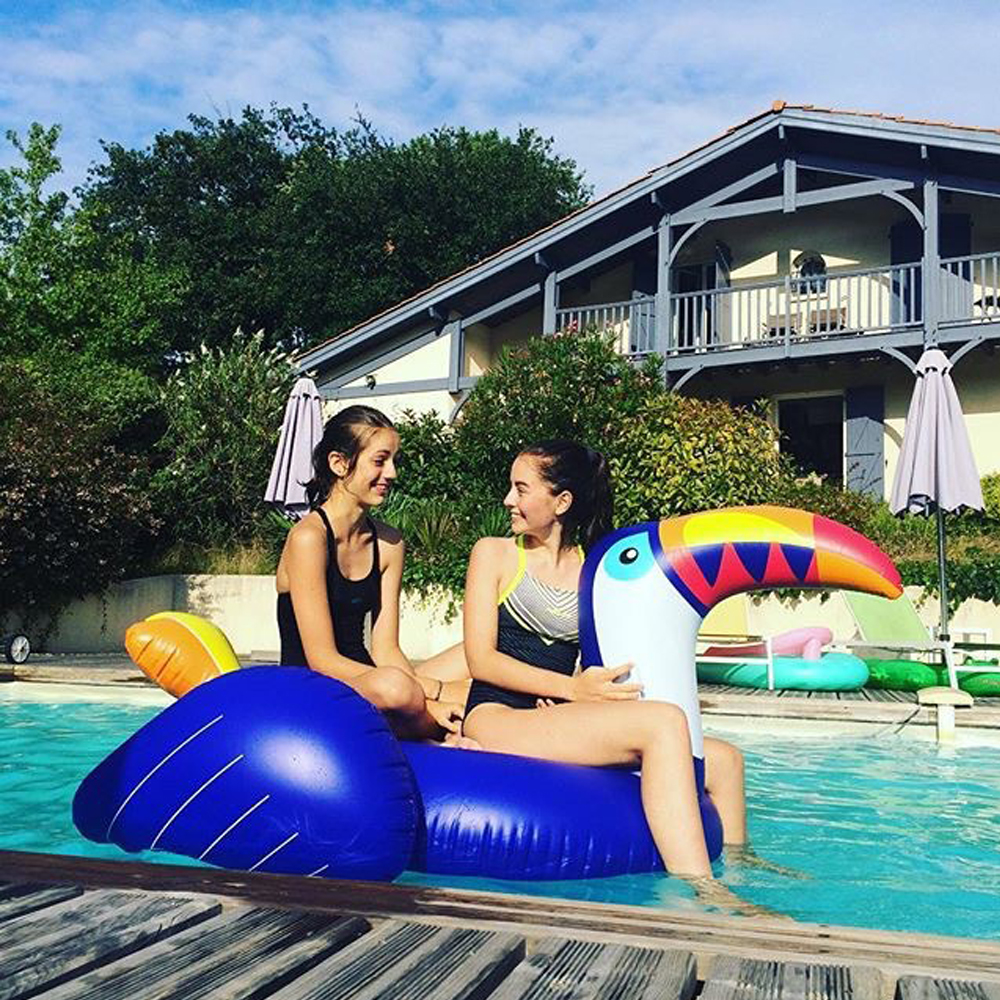 200cm Giant Inflatable Toucan Pool Float 2018 Newst Ride-On Swimming Ring Adult Children Water Holiday Party Toy Piscina