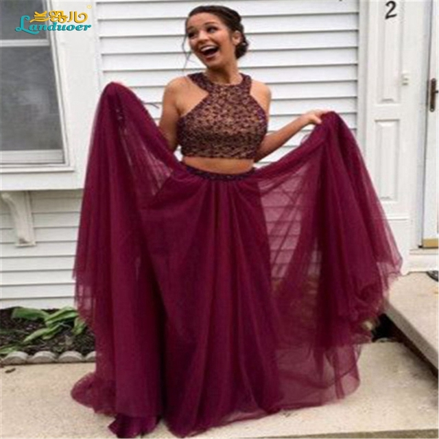 Sparkly maroon two piece Prom dresses 2017 Sexy Beads halter backless Prom  dress dark red Formal evening gowns vestidos de baile db3e6dfc4a02