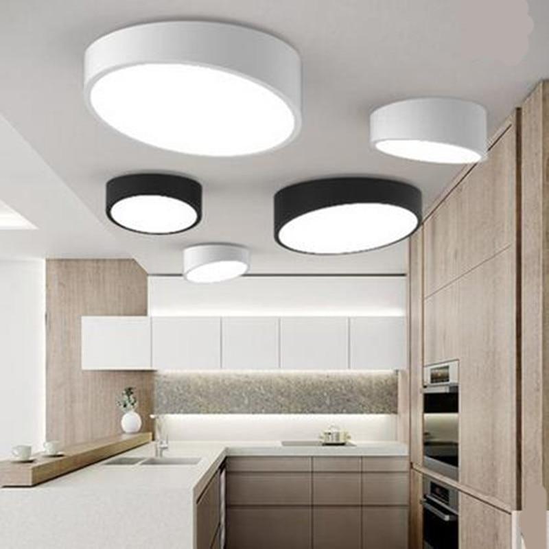 ФОТО Modern Fashion Black White Geometry Bevel Iron Acryl Led Ceiling Light for Balcony Bedroom Entrance 1244