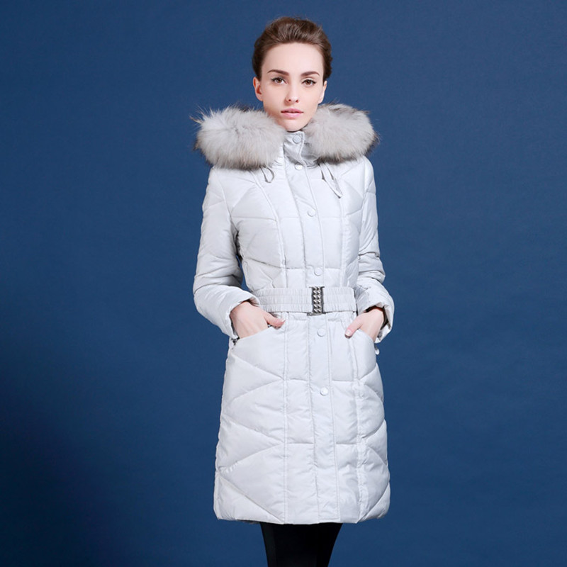 Womens down jacket for Russia and Europe minus 20 degrees large fur collar with a hooded
