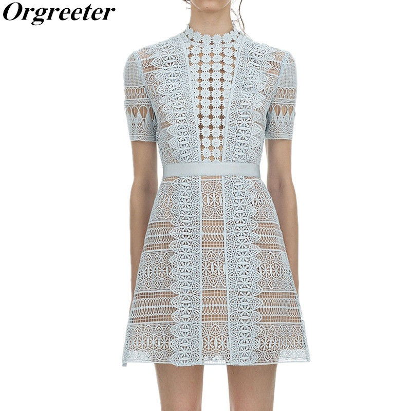 Us 2911 20 Offhigh Quality Self Portrait Runway Dress 2019 New Arrive Blue Lace Flower Dress Hollow Out Short Sleeve Bohemian Beach Dress In