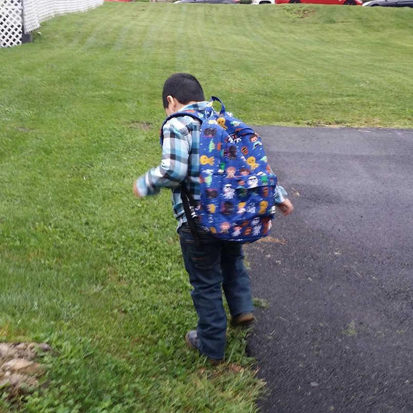 Kadın sırt çantası naylon Star Wars sırt çantası klasik tüm üzerinde baskı çocuklar sırt çantası hızlı kargo okul çantaları