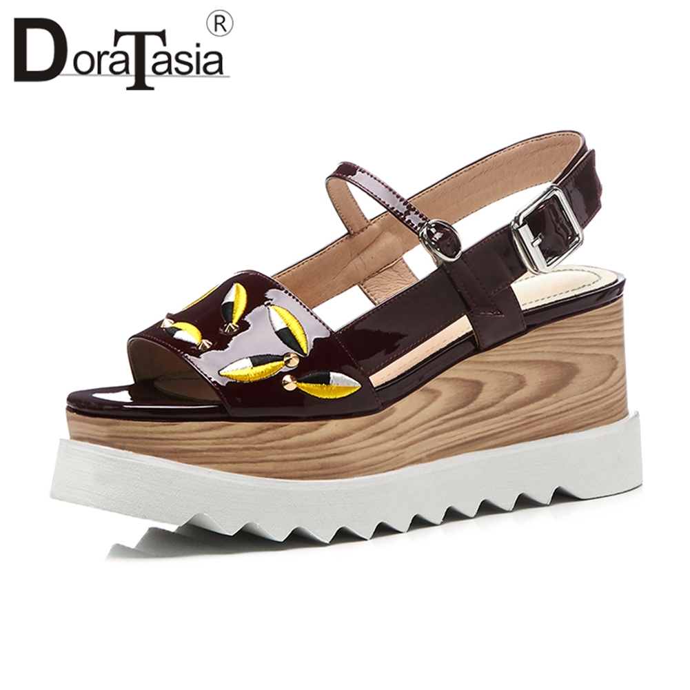 DoraTasia 2019 Summer Fashion Quality Patent Cow Leather Sandals Women Big Size 33 41 Embroider Platform