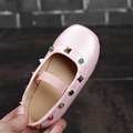 2017 Весной Новые Девушки Tudded Dance Shoes Красочные Принцесса Квартиры Shoes for Kids Высокой Моды Дети Кожа PU Shoes