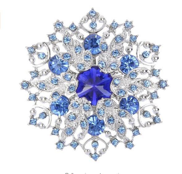 Rhodium Silver vintage azul claro rhinestone cristal de nieve y broche  corona 3acc503afb