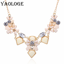 YAOLOGE Retro Metal Geometry Necklaces & Pendants Inlaid Acrylic Rhinestone Statement Jewellry For Women exaggeration Bijoux New