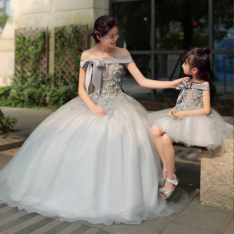 Mother and Daughter Dress Clothes Family Look Mother Mommy and Daughter Matching Wedding Dress Set Girls Princess Evening Dress mommy and me mother daughter wedding dress clothes baby maxi dresses family princess party clothing mom and daughter dress blue