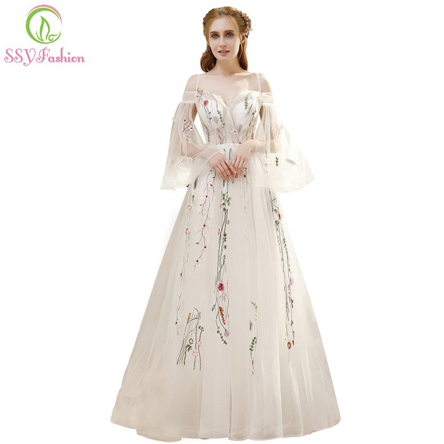 SSYFashion Summer New Fresh Long Prom Dress White Lace Embroidery Speaker  Sleeves Sweep Train Romantic Banquet Party Formal Gown 6d71eccf6597
