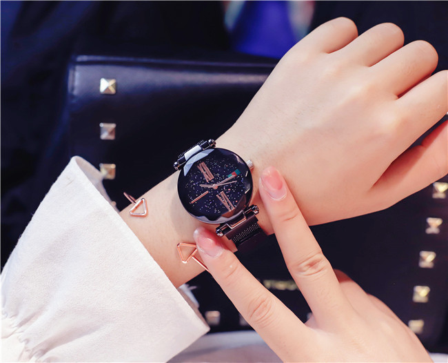 Luxury Rose Gold Women Watches Minimalism Starry sky Magnet Buckle Fashion Casual Female Wristwatch Waterproof Roman Numeral 8