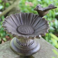 2 Cast Iron Sunflower Bird Feeder Garden Stand Birdbath Bath Antique put on Patio Courtyard Bird Food Bowl Accessoires Trough