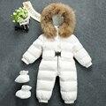 Bebê Snowsuit Inverno Rússia Natural Raccon Gola De Pele Com Capuz Engrossar Jumsuits para Bebê Meninos Meninas Pato Para Baixo Casaco de Neve Desgaste