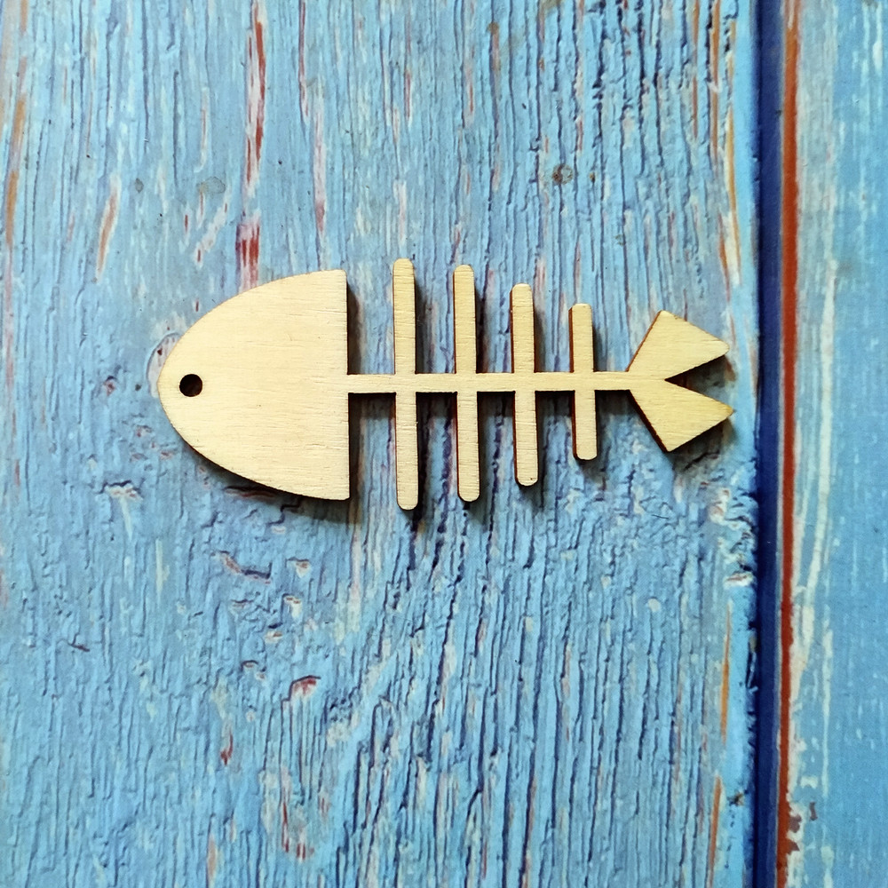 Set of 6 rustic vintage style dark plywood fish shapes craft decorations