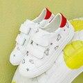 Zapatos de los niños para la muchacha de cuero Artificial zapatos de los niños estampados de Animales 2017 nueva primavera niñas zapatilla de deporte blanco zapatos para correr