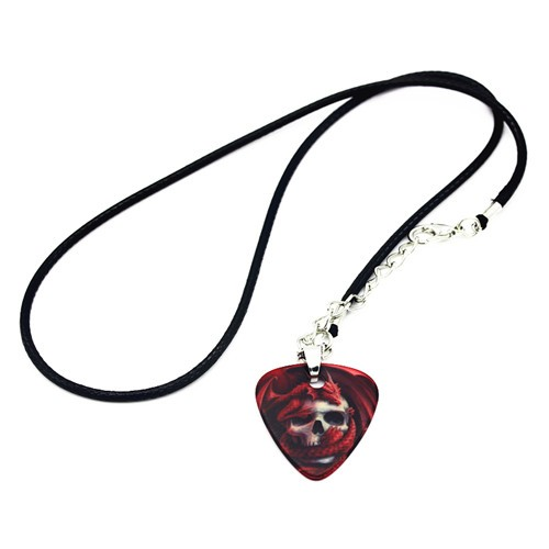 guitar pick necklace- guitarmetrics