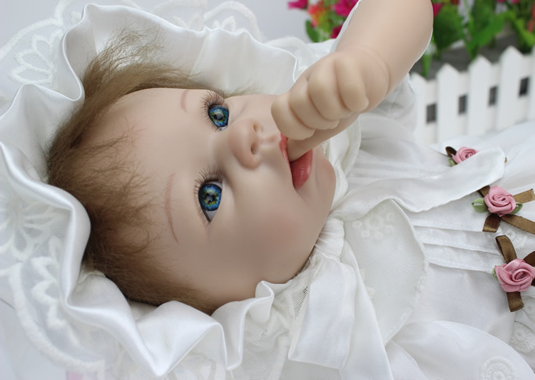 22 Inches Vinyl Realistic Baby Adora Doll Reborn Soft Silicone  Princess Doll Classic Toys Wedding Decoration22 Inches Vinyl Realistic Baby Adora Doll Reborn Soft Silicone  Princess Doll Classic Toys Wedding Decoration