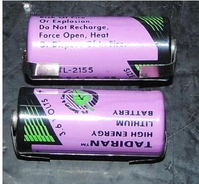 ФОТО HOT NEW TADIRAN TL-2155 TL2155 2155 3.6V  2/3AA Industrial battery memory with leg