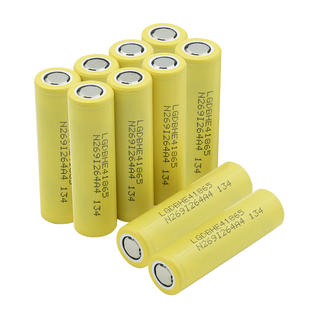 1/2/4/6/8/10 Pieces Rechargeable 3.7V Yellow Flat-top 18650 Batteries 3.7 V 2500mAh 18650 Lithium Li-ion Battery Replacement 4