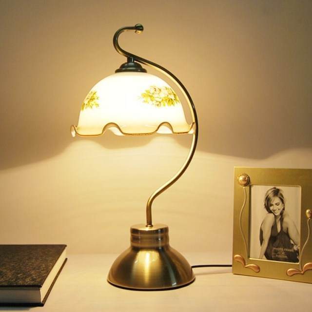 Fashion vintage table lamp bedroom bedside lamp fashion for Bedroom touch table lamps