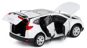 Image 2 - Yüksek simülasyon 1:32 ölçekli geri çekin Honda CRV alaşım araba, 6 açık kapı müzik flaş araba model oyuncaklar, metal döküm, ücretsiz kargo