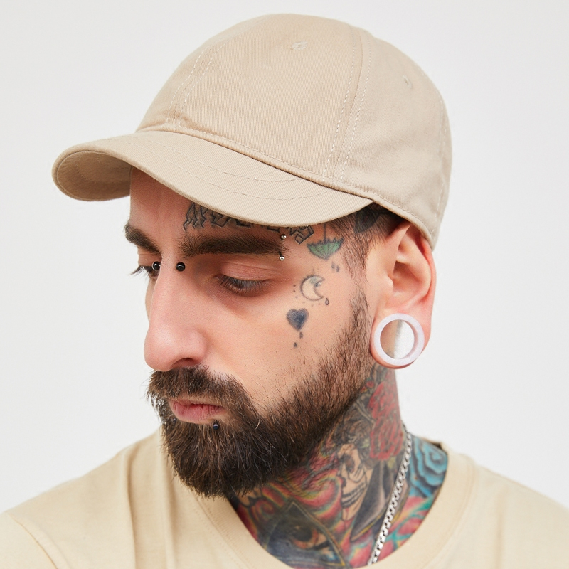 Design Vintage Snapback Baseball Hat Cotton Short Brimmed Peaked Cap For Men  Soft Top With Black Beige Color-in Baseball Caps from Apparel Accessories  on ... 333da2ac598c