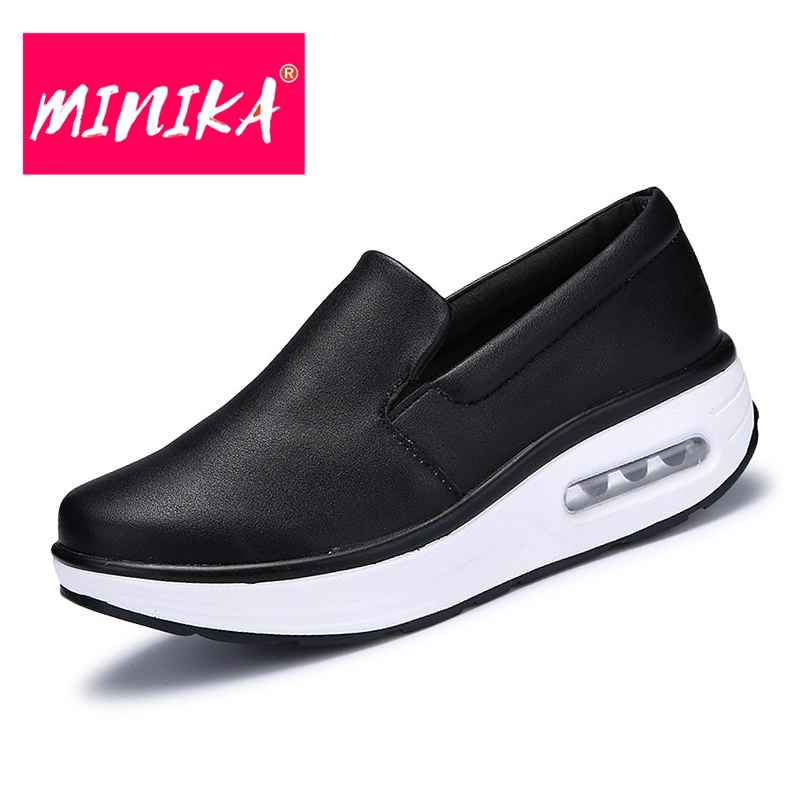 MINIKA New Brand Women Casual Leather Shoes Round Toe Design Comfortable Mother Shoes Waterproof Winter Warm Keep Flat Shoes minika new arrival 2017 casual shoes women multicolor optional comfortable women flat shoes fashion patchwork platform shoes