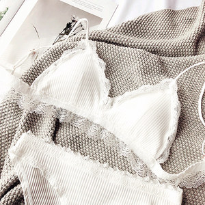 Image 4 - Lady pamuk rahat genç kızlar intimates küçük sütyen pad kablosuz Bralette Külot Seti kadın iç çamaşırı iç çamaşırı takım elbise