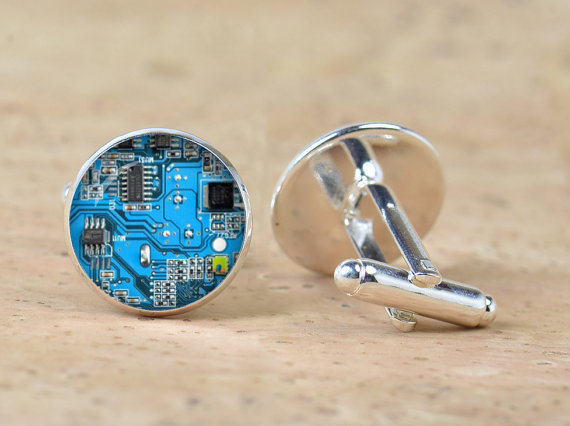 1 Pair Red Blue Computer Circuit Board Picture Cufflinks Computer Geek Cufflinks Nerd Accessories Geek Gift Unisex Sleeve Button